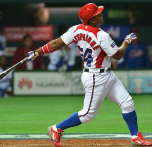 Alfredo Despaigne, a Cuban star allowed to play in Mexico this year